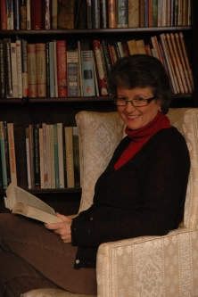 Mrs Bates Author Pict.JPG